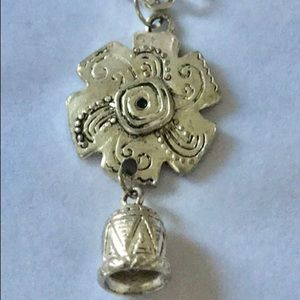 Jewelry - Beautiful necklace silver plated